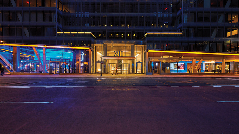 Chase Unveils First Flagship Branch